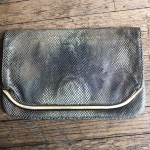 Banana republic snakeskin clutch w/hold detail